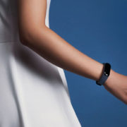 xiaomi-mi-band-3-black-and-blue-red-01