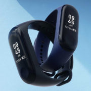 xiaomi-mi-band-3-black-and-blue-red-04